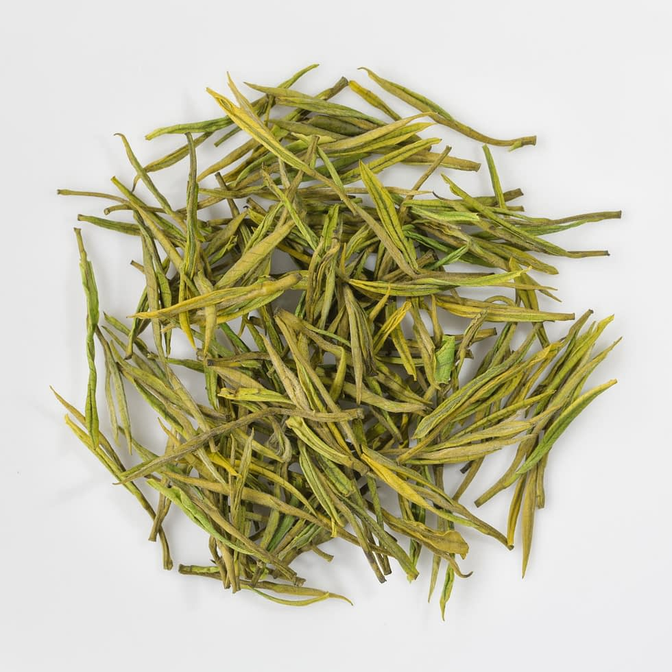 Anji Bai Cha leaves